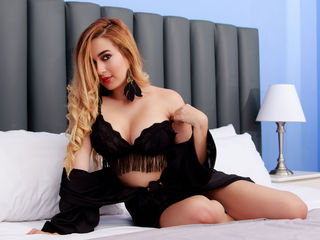 AliciaBonet -I am a fun kind and