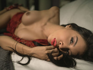 MadisonVega -Hi guys welcome to