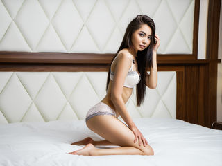 LuisaHei Marvellous Big Tits LIVE!-Hi guys My name is