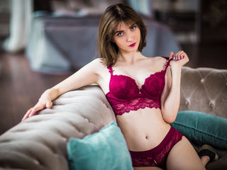 AverieSmall Tremendous Real Sex chat-Beautiful sweet