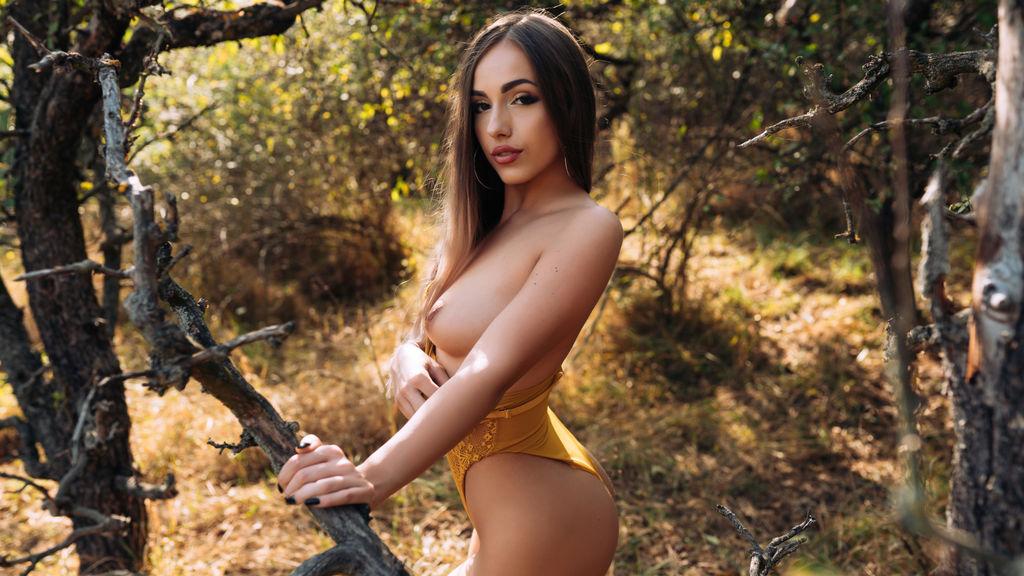 AdaniaBelle Jasmin