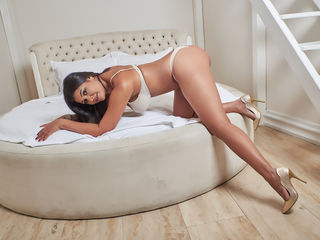 DariaSin -I am a sexy brunette