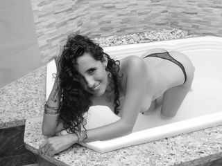 LucianaSea LiveJasmin-I am a fun girl, I