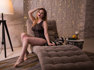 AngelaHotBb -I m girl with many