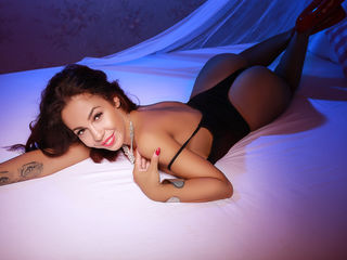 Webcam model PenelopeTash from Web Night Cam