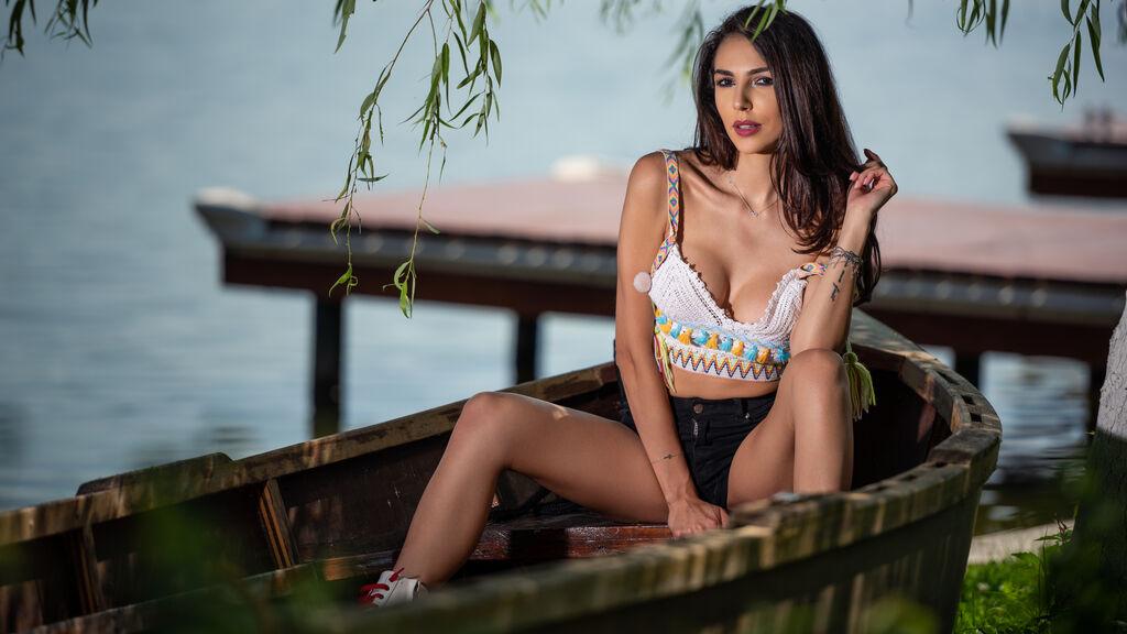 TaniaLovin Jasmin