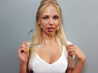 NatashaIvanova Marvellous Big Tits LIVE!-Im single lady and