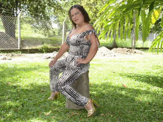 Voir le liveshow de  Milfsexyhot de Livejasmin - 45 ans - Hot lady with endless lust. Not for the elderly alone.