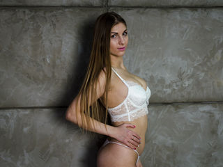 NikkyCandy -I am a cheerful