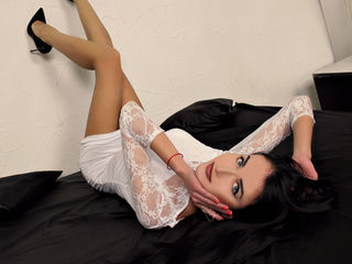 DivaNiki Marvellous Big Tits LIVE!-In my shows I love