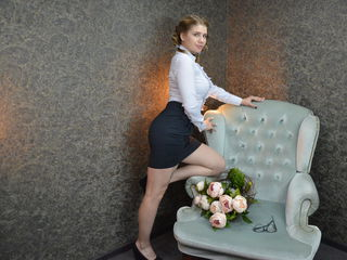 HelenaSwiftX -Hello Guys I m very