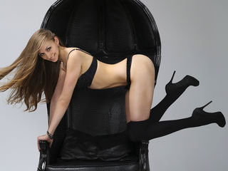 Aelitaa Marvellous Big Tits LIVE!-Hello guys I am here