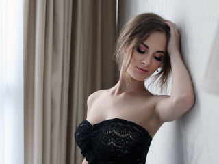 MilanaJ -I m a young sexy and