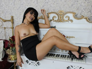 SilvannaTyler -I am open mind girl