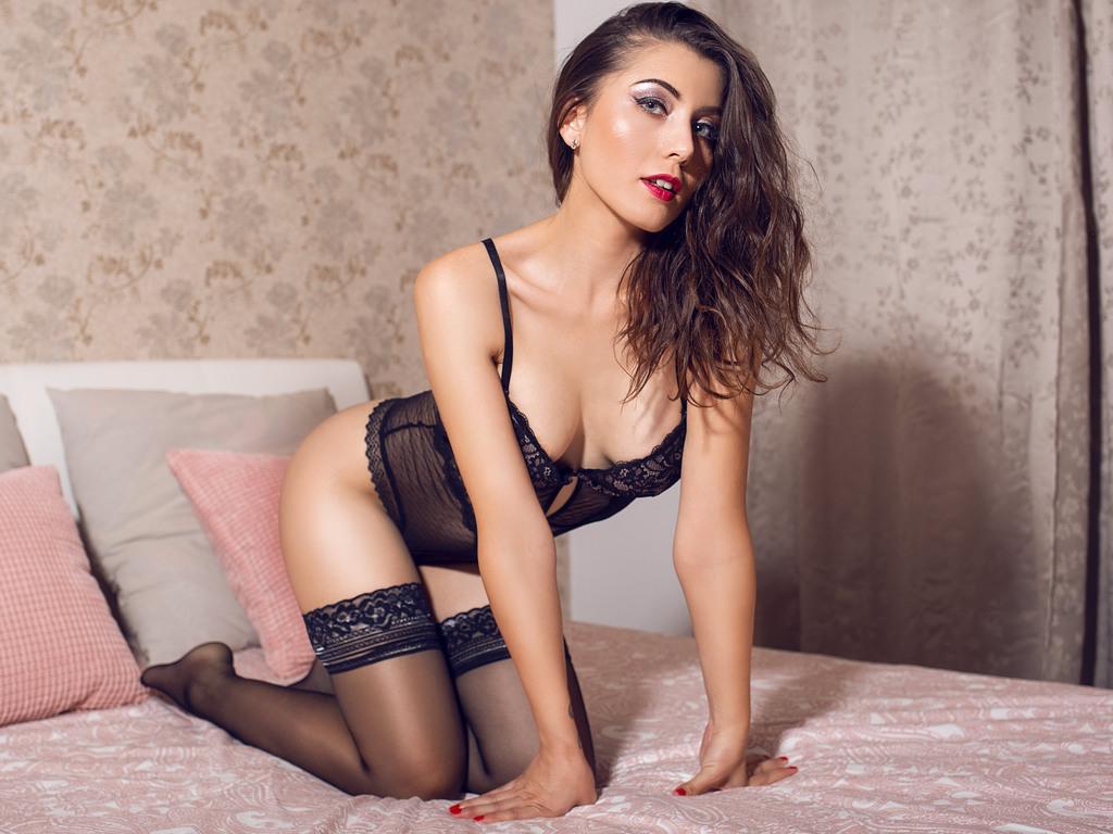 IsabelleGlowX LiveJasmin