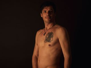 My Age Is 35 Yrs Old, I Am From Romania And I Have Black Hair! I'm A Camming Hot Chap And At Cameraboys People Call Me ChristianNude