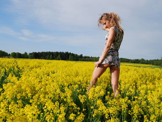 aEvellinCat -I love to be treated