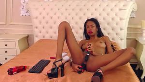annahatcher-ebony-says-yes-to-double-penetration