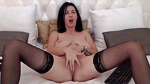 Yummy Pussy Is What You Want Livecam