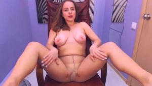 adorableiren-that-chair-is-comfortable-enough-for-teasing-pussy