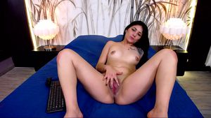 Black Haired Girl Playing With Her Wet Pussy