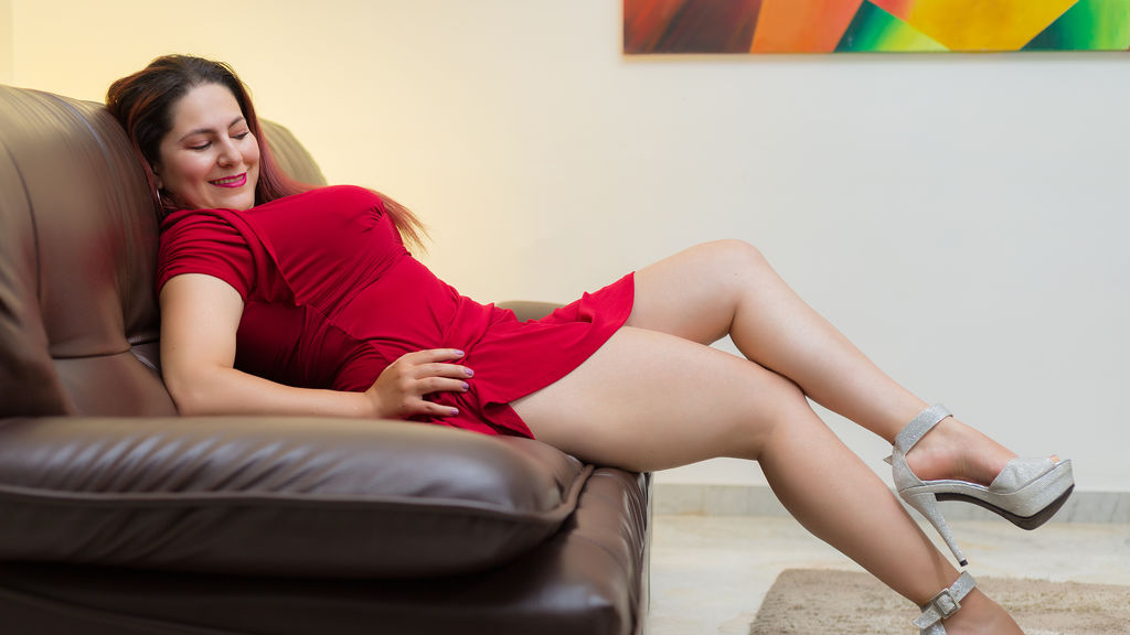 Watch the sexy AbigailVega from LiveJasmin at GirlsOfJasmin