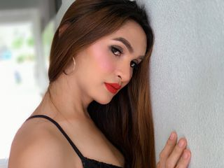 transgender cam model - xBeWithMeHon