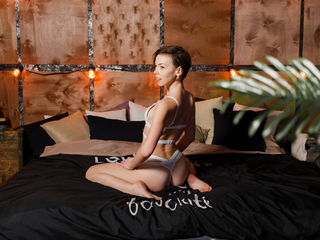 LincyFaeryLove Adults Only!-I am very friendly