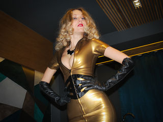 Webcam model YourLatexGODess from Web Night Cam