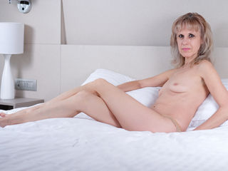 BlondeSweetLady Live Jasmin-Hey guys! I am a