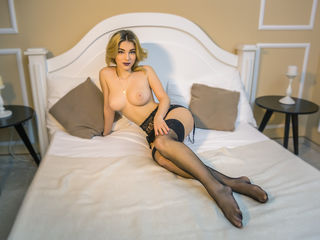 LucyWood Adults Only!-I am a sweet candy