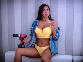 LuvTiffany Sex Chat-Hey guys ! First of