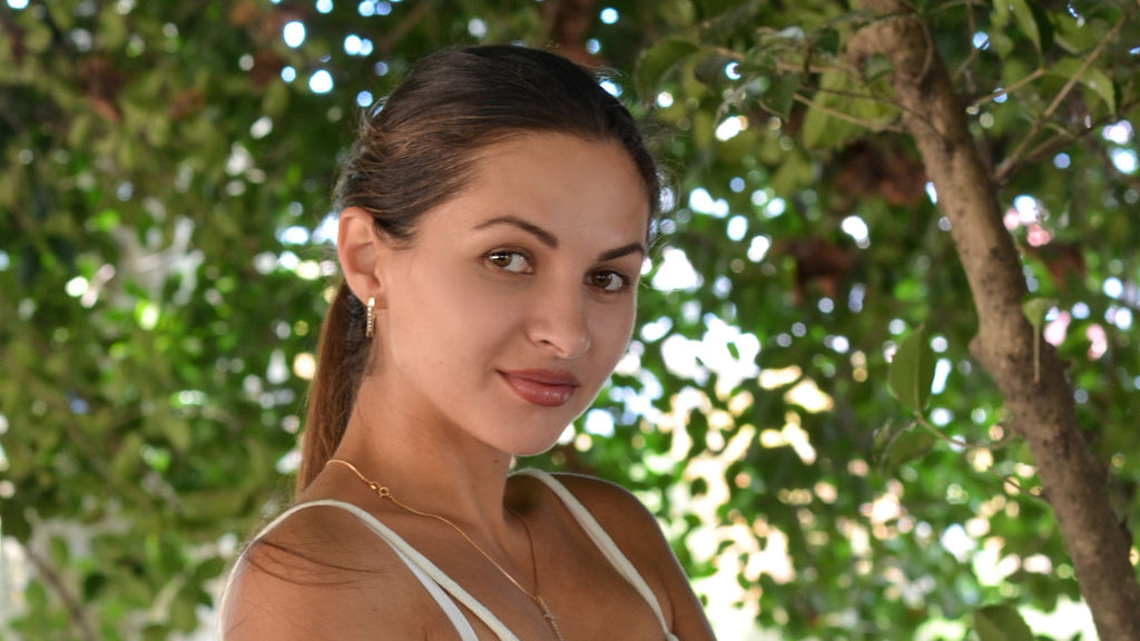 VeroniqueN online at GirlsOfJasmin