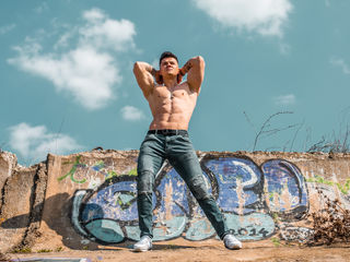 FelixWeston Adults Only!-I am a boy very hot,
