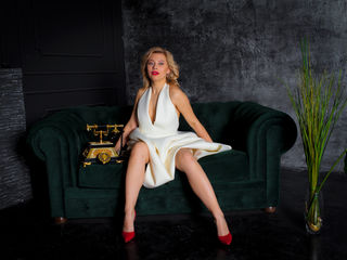 IvyRayne Live Jasmin-Smart and decent