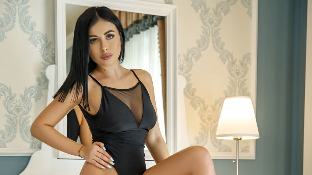 Watch the sexy RileySinns from LiveJasmin at GirlsOfJasmin