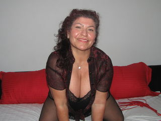 Webcam model DonnaCrimson from Web Night Cam