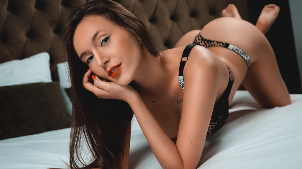 Watch the sexy JessicaAiden from LiveJasmin at GirlsOfJasmin