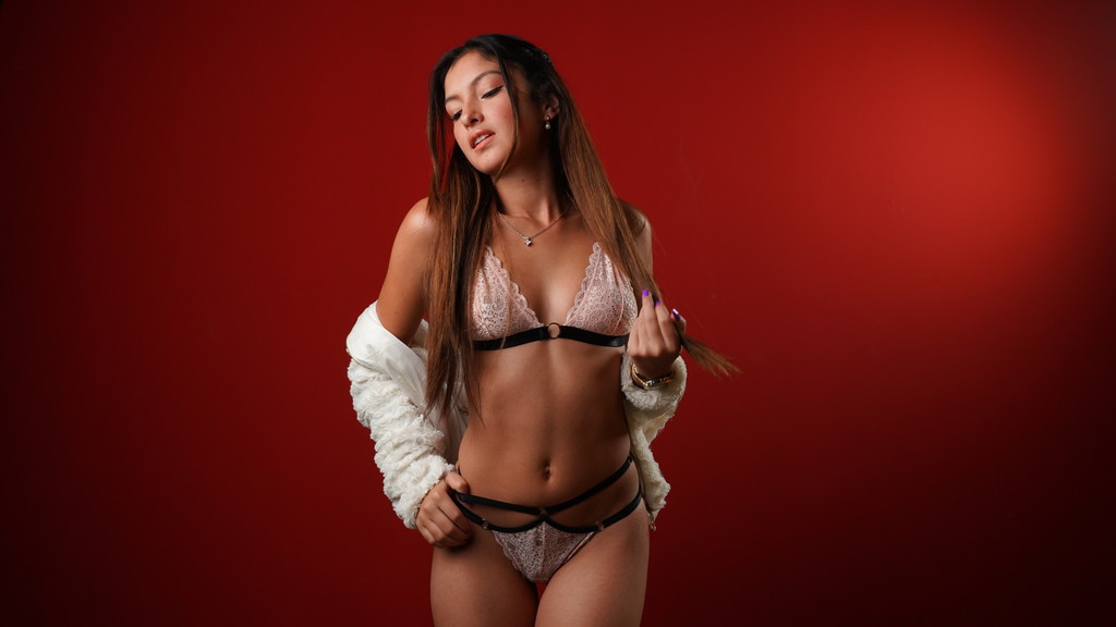 Watch the sexy christalyoung from LiveJasmin at GirlsOfJasmin