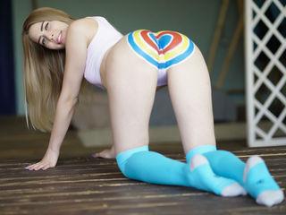 Horny PerfectLaura