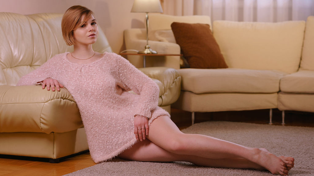 ScarlettB online at GirlsOfJasmin