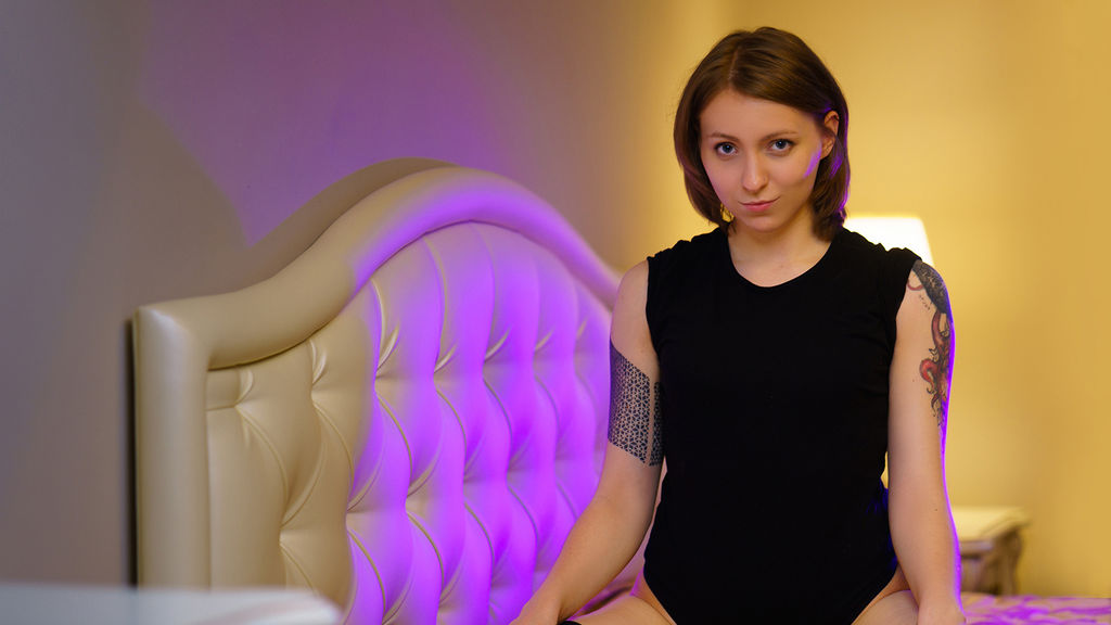 SammerLiv online at GirlsOfJasmin