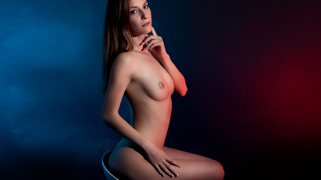 Watch the sexy CarolineTyler from LiveJasmin at GirlsOfJasmin