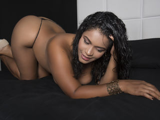 Webcam model CataLopez from Web Night Cam (LiveJasmin)