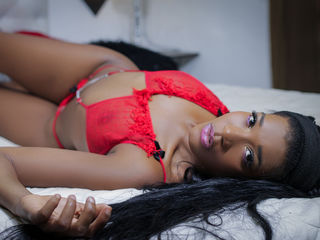 Webcam model AlessiaMarrtiin from Web Night Cam