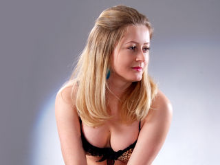 Jasmin83 Adults Only!-I am a young kind