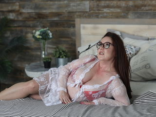 SugarBoobsXOXOXO Adults Only!-im very hot woman