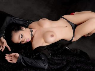 pic of transgender webcam model SweetSexyCara