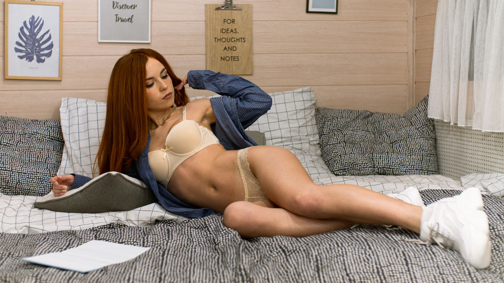 Watch the sexy CatherineFoxy from LiveJasmin at GirlsOfJasmin