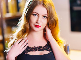 18 petite white female blonde hair blue eyes AnnetSentimental
